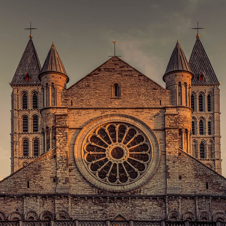Chrystus – tak, Kościół – nie