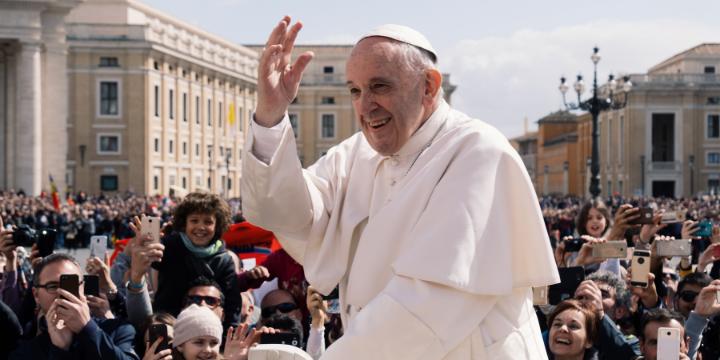 """Papież Franciszek poleca """"Opowieści pielgrzyma""""!"""