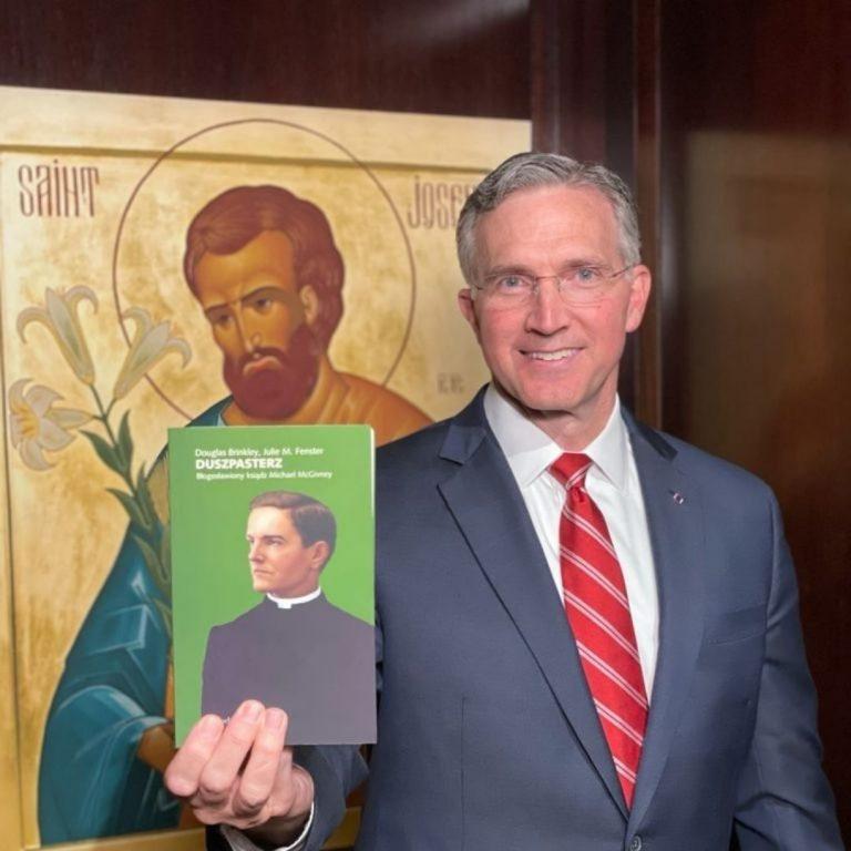 """Najwyższy Rycerz Patrick E. Kelly zaprasza do lektury """"Duszpasterza"""""""